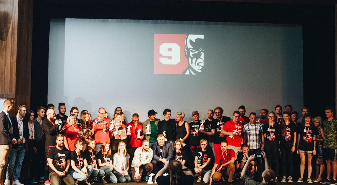 9 Solanin - ekipa